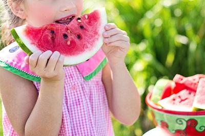 Caterings con frutas para niños