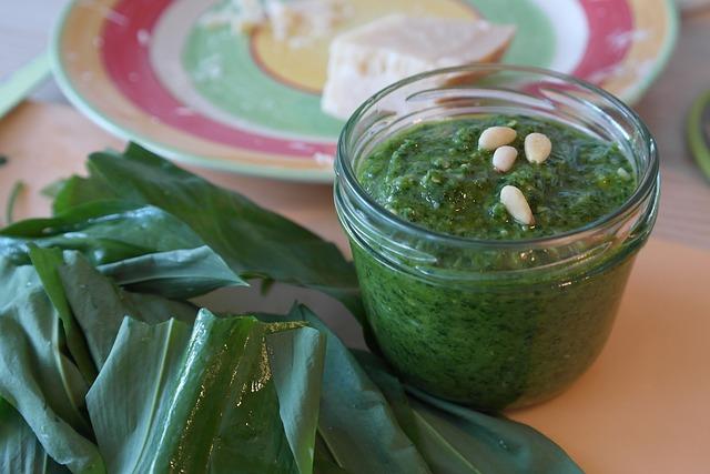 Salsas fáciles para acompañar salsa pesto