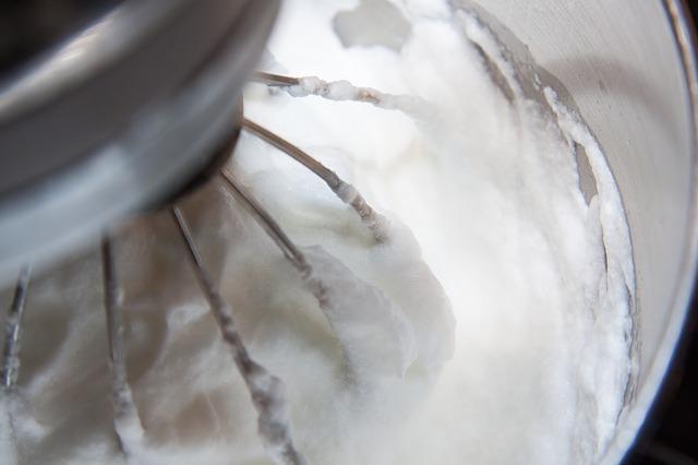 Ideas para decorar delicioso con merengue